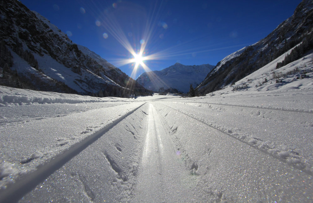 Cross-country skiing in the Pitztal - we are a certified accomodation for C-C skiers